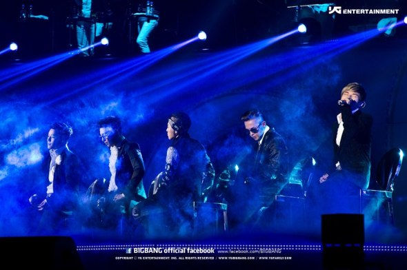 Alive Tour Special Final In Dome (Osaka, Japan) 7